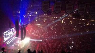 Capital One Arena, vak: Upper Concourse 433, rij: N, stoel: 12
