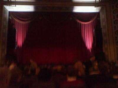 Taft Theatre, vak: Orchestra 2, rij: S, stoel: 9
