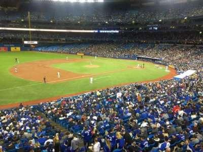 Rogers Centre, vak: 233L, rij: 1, stoel: 101