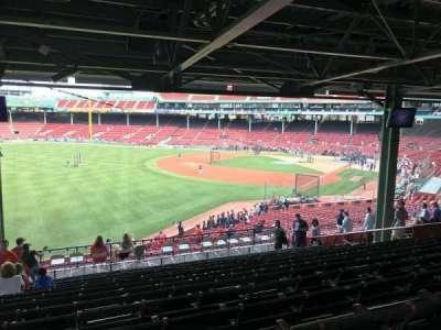 Fenway Park, vak: Grandstand 31, rij: 16, stoel: 22