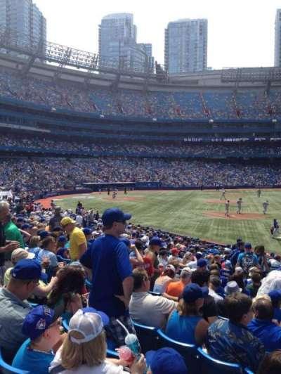 Rogers Centre, vak: 114R, rij: 23, stoel: 10