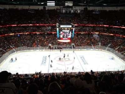 Honda Center, vak: 434, rij: R, stoel: 11