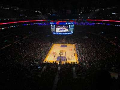 Staples Center, vak: 309, rij: 2, stoel: 5