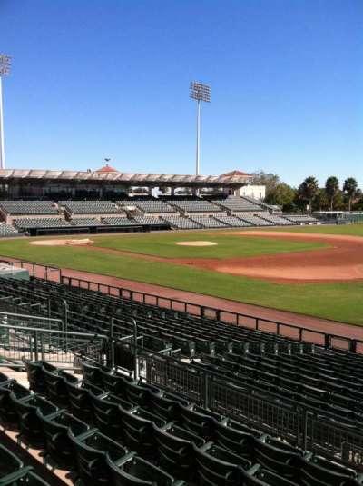 Ed Smith Stadium, vak: 203, rij: 7, stoel: 12