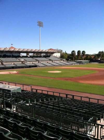 Ed Smith Stadium, vak: 205, rij: 7, stoel: 12