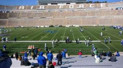Falcon Stadium, vak: M21, rij: AA, stoel: 33