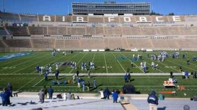 Falcon Stadium, vak: M22, rij: AA, stoel: 3