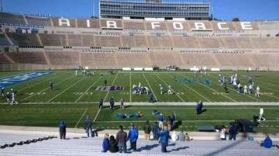 Falcon Stadium, vak: L23, rij: AA, stoel: 20
