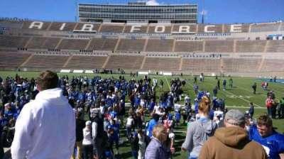 Falcon Stadium, vak: L21, rij: L, stoel: 19