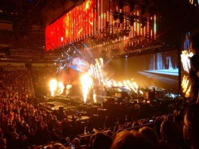 Intrust Bank Arena, vak: 102, rij: M, stoel: 5