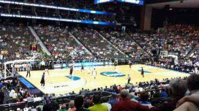 Jacksonville Veterans Memorial Arena, vak: 105, rij: T, stoel: 11