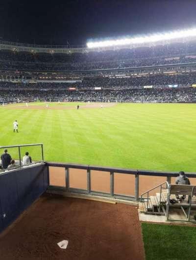 Yankee Stadium, vak: 202, rij: 1, stoel: 14