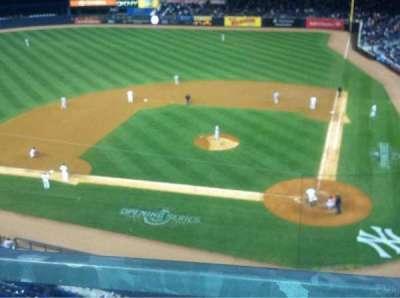 Yankee Stadium, vak: 322, rij: 1, stoel: 10