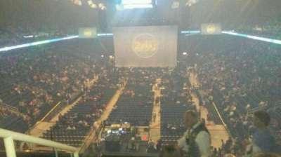 Greensboro Coliseum, vak: 222, rij: H, stoel: 14