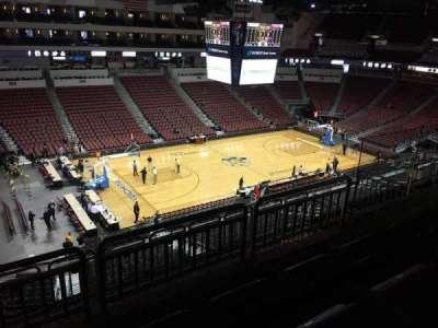 Intrust Bank Arena, vak: 218, rij: H, stoel: 9