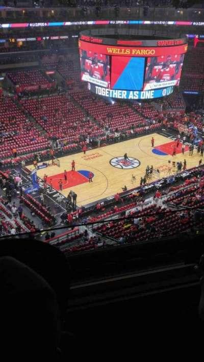 Staples Center, vak: 304, rij: 7, stoel: 19-20