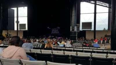 Hollywood Casino Amphitheatre (Tinley Park), vak: 204, rij: BBB, stoel: 12