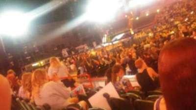 Spokane Arena, vak: 115, rij: D, stoel: 11