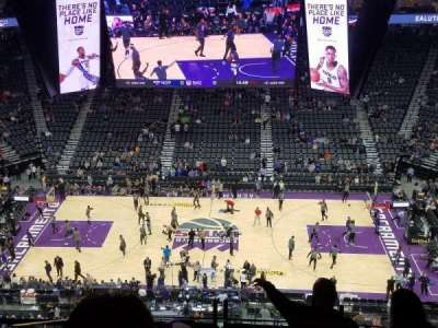 Golden 1 Center vak 205