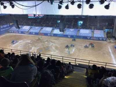 Royal Farms Arena, vak: 304, rij: M, stoel: 13