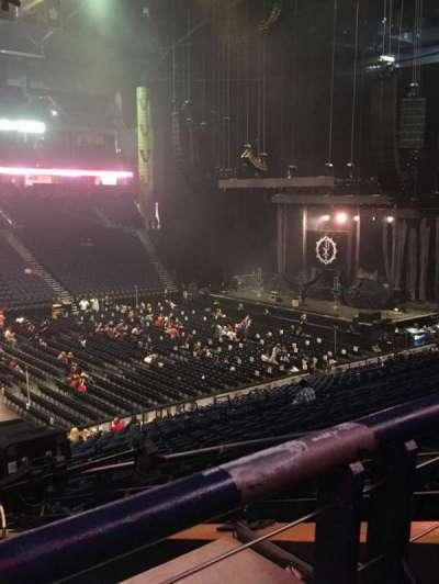 Bridgestone Arena, vak: 105, rij: P, stoel: 22