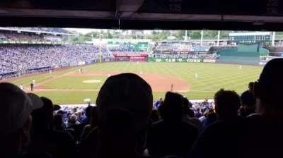 Kauffman Stadium, vak: 234, rij: TT, stoel: 18