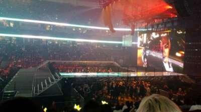 Honda Center, vak: 222, rij: P, stoel: 3