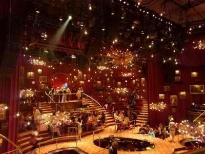 Imperial Theatre, vak: 4, rij: A, stoel: 1and2