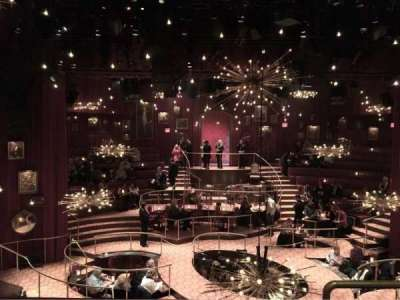 Imperial Theatre, vak: Front Mezzanine, rij: B, stoel: 104