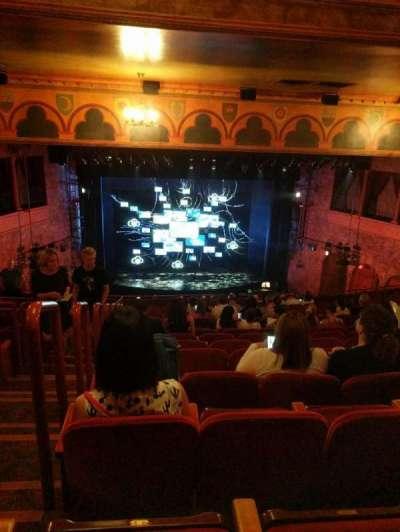 August Wilson Theatre, vak: Mezzanine, rij: P, stoel: 114