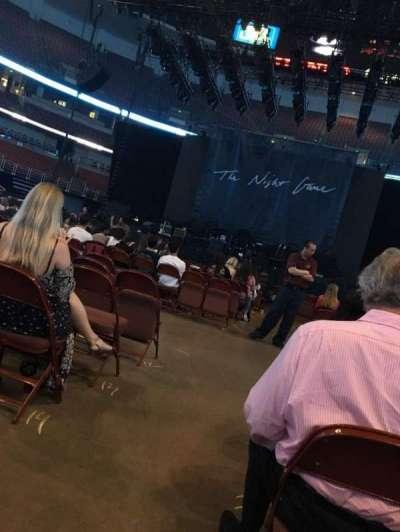Honda Center, vak: 101, rij: 17, stoel: 14