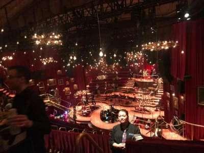 Imperial Theatre, vak: Rear Mezz Section 1, rij: C, stoel: 3