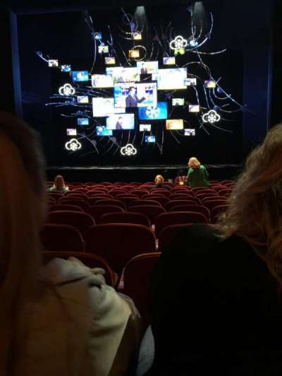 August Wilson Theatre, vak: Orchestra, rij: O, stoel: 105