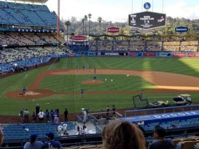 Dodger Stadium, vak: 124LG, rij: L, stoel: 1