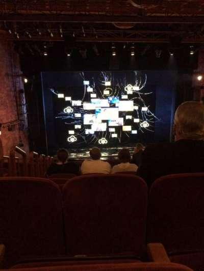 August Wilson Theatre, vak: MEZZC, rij: H, stoel: 114