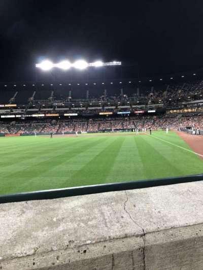 Oriole Park at Camden Yards, vak: 74, rij: 1, stoel: 11