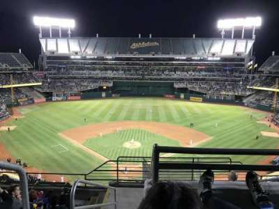 Oakland Alameda Coliseum, vak: 316, rij: 8, stoel: 25