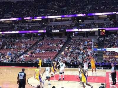 Honda Center, vak: 220, rij: F, stoel: 13