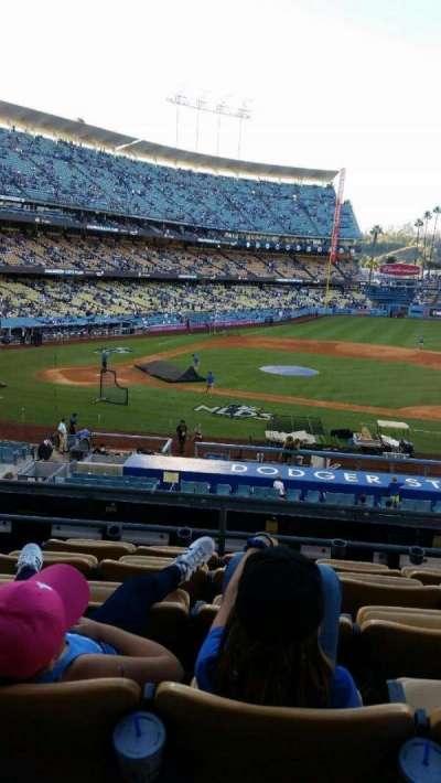 Dodger Stadium, vak: 123LG, rij: F, stoel: 4