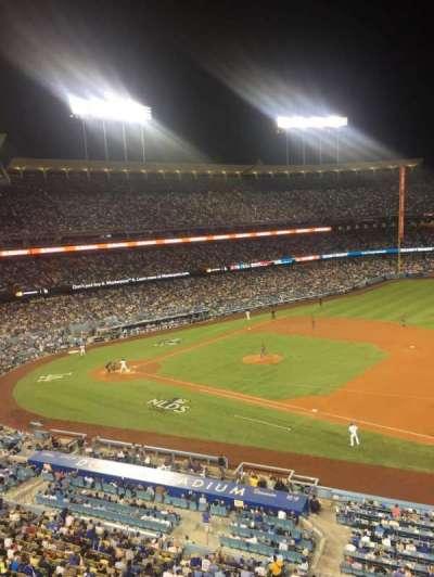 Dodger Stadium, vak: Infield Reserve VIP 28, rij: A, stoel: 2