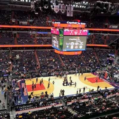 Capital One Arena, vak: 415, rij: A, stoel: 12