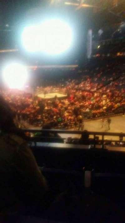 Bridgestone Arena, vak: 119, rij: k, stoel: 12