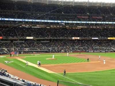 Yankee Stadium, vak: 210, rij: 4, stoel: 2