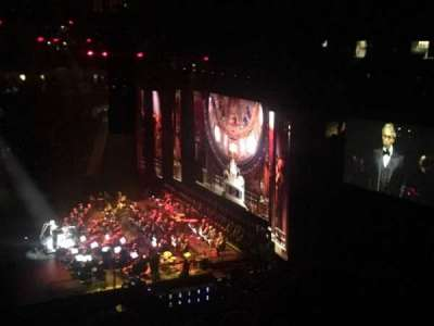 Madison Square Garden, vak: 212, rij: 9, stoel: 5