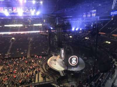 Bridgestone Arena, vak: 311, rij: A, stoel: 8