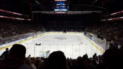 Jacksonville Veterans Memorial Arena, vak: 108, rij: R, stoel: 9