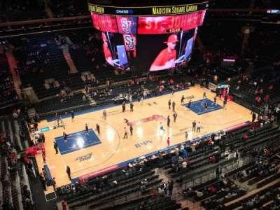 Madison Square Garden, vak: 312, rij: 1, stoel: 1