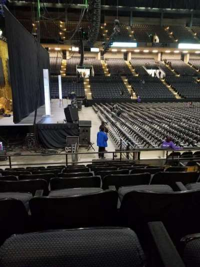 Royal Farms Arena, vak: 103, rij: H, stoel: 3