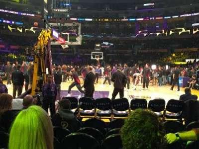 Staples Center, vak: 106, rij: G, stoel: 7