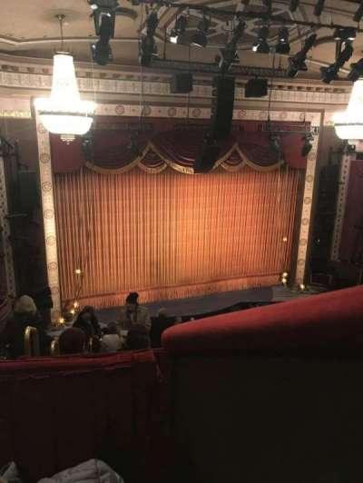 Imperial Theatre, vak: 5, rij: B, stoel: 1